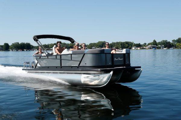 LOTO Boat Rental Tritoon